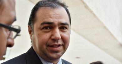 Mansur renuncia a la Secretaría de Economía