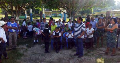 Protesta Escuela Primaria