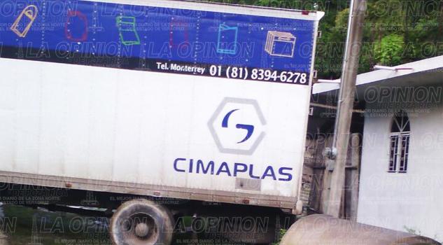 Aparatoso accidente Ixcatepec