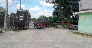 habitantes-pacerla-14-camiones