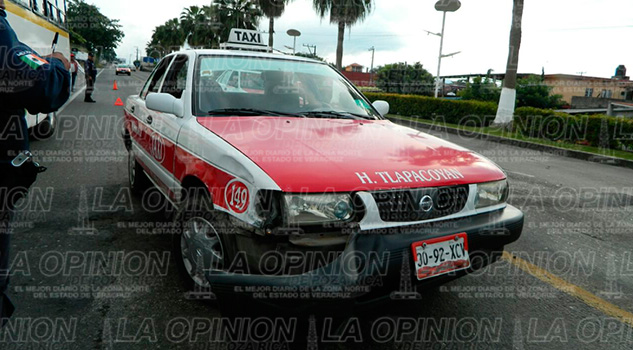 http://www.laopinion.net/wp-content/uploads/2016/09/Microbus-Taxi-Accidente-tlapacoyan-martinez
