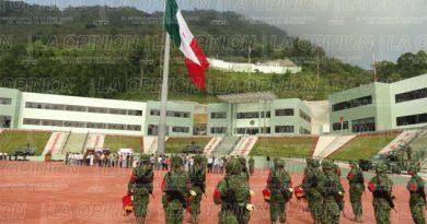 militares-de-adorno-en-la-region