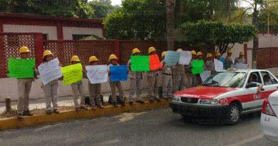 protestan-vectores-por-falta-de-pagos