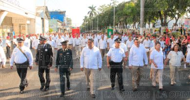 vistoso-desfile-civico-militar