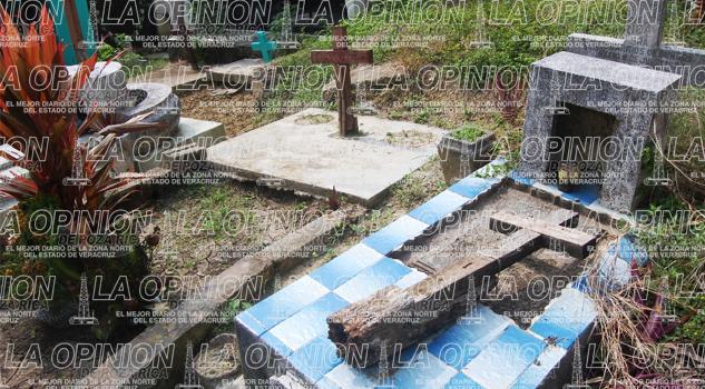 abandonadas-el-25-de-las-tumbas