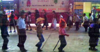 celebran-el-festival-de-la-vida
