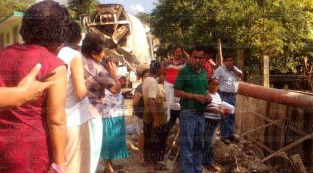 constructora-deja-sin-agua-a-decenas-de-familias