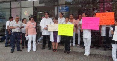 manifestacion-en-el-hospital-regional