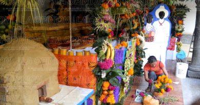 preparan-la-exposicion-altares-de-vida