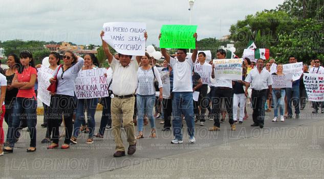 torbellino-protestas-contra-dependencia-gubernamentales