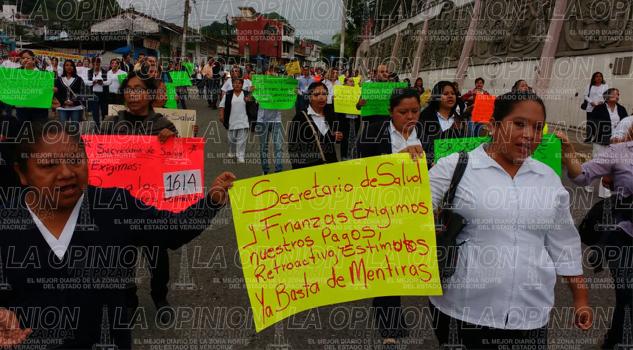 caos-vial-por-manifestaciones-en-papantla