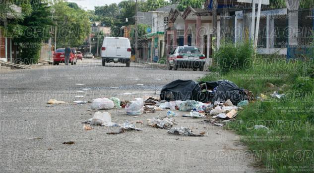 entre-delincuencia-y-un-mundo-de-basura