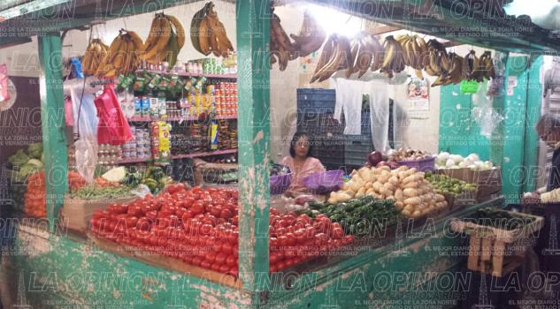 falta-de-pago-en-diversos-sectores-pega-a-comerciantes