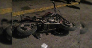 motociclista-embestido-por-automovil