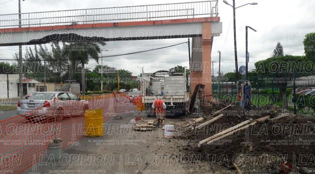 puente-peatonal-y-caseta-de-pasajeros-seran-rehabilitados