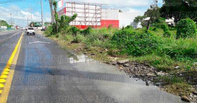 revienta-drenaje-centro-comercial