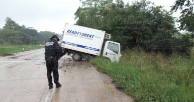 aparatoso-accidente-en-la-autopista-tuxpam-poza-rica