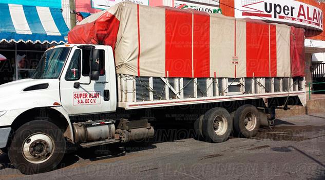 camiones-aparcan-horas-pico