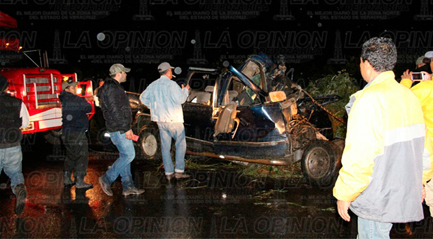 carretera-tihuatlan-alamo-muerto-accidente