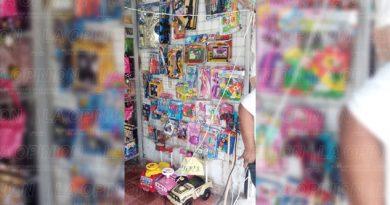 Comercios esperan la llegada de Santa