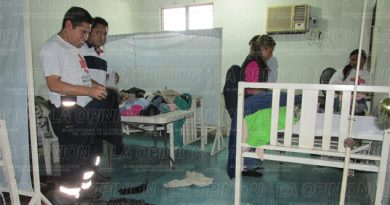 Continúa Cruz Roja colectando ropa invernal