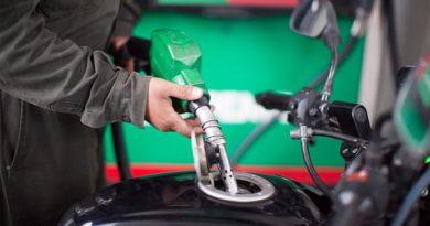 Desabasto de combustible fue por tomas clandestinas