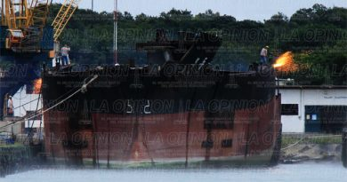 despedazan-buque-de-corea-del-norte