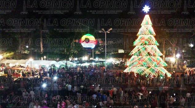 el-espiritu-navideno-llego-a-poza-rica