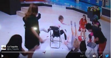 el-juego-de-las-sillas-al-estilo-ingrid-coronado