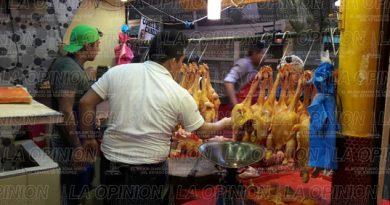 El kilo de pollo podría llegar a los 50 pesos