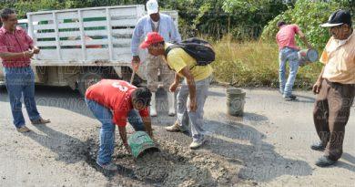 Falta de recursos en el estado sigue afectando carretera