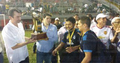 Flores Magón campeón del Torneo de Barrios 2016