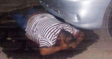 Matan a taxista