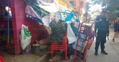 Operativo contra comerciantes ambulantes