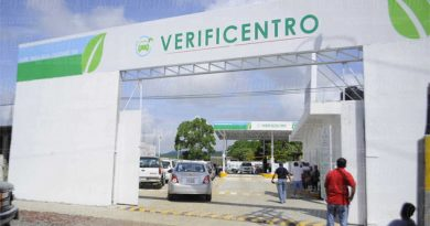Pugna por verificación vehicular