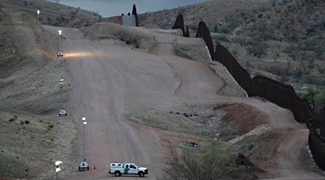 tlc-via-para-hacer-que-mexico-pague-el-muro