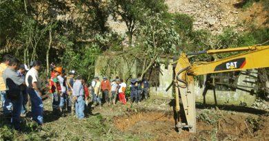 Trabajadores que murieron en el deslave no tenian seguro social
