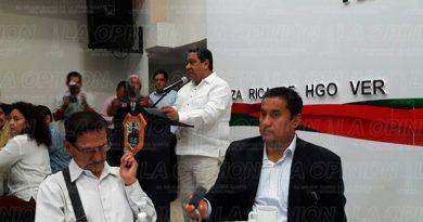 Alcalde Reune Reporteros