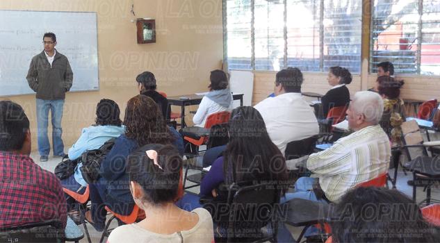 Alumnos de la UPAV