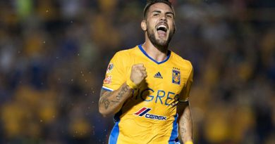 Andy Delort Tigres Toulouse