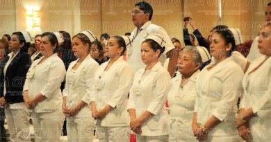 Bajos sueldos de enfermeras