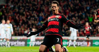 Chicharito Leverkusen Los Angeles