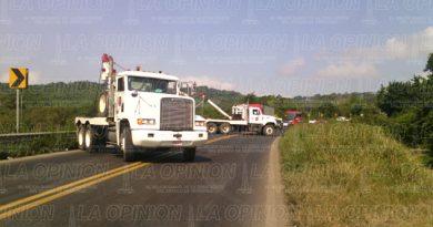 Cierran la carretera Tuxpan-Tampico