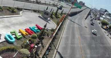 Coloca letrero monumental de Poza Rica