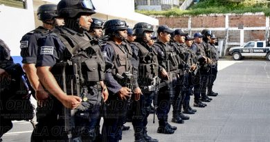 Depuran a policías
