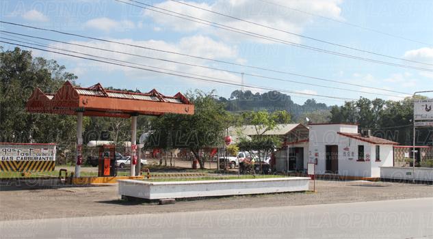 Gaseras y gasolineras siguen emplazadas
