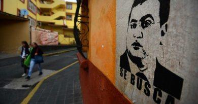 Interpol emiten ficha roja para localizar a Javier Duarte
