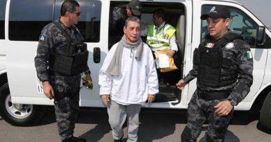 Mario Villanueva ingresa a penal federal en Morelos