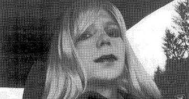Obama absuelve a la exsoldado Chelsea Manning