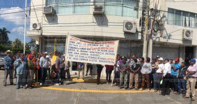 Pescadores de Tuxpan exigen pago de indemnizaciones